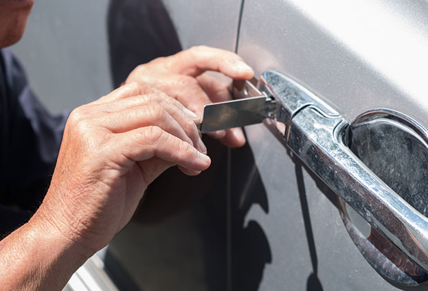 Car lock repair mobile locksmith service in Raleigh